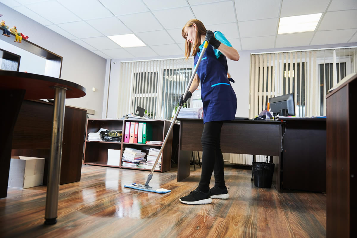 Why You Need an Office Cleaning Service Now More than Ever